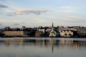 Kirsten Boriesosdiek: Tjörnin - Reykjaviks Stadtteich